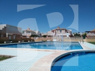 Row house · Holiday Rental TORREVIEJA · Carrefour Area