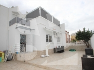 Row house · Resale ORIHUELA COSTA · Los Altos