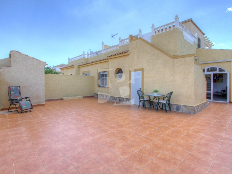 Row house - Resale - ORIHUELA COSTA - Punta Prima