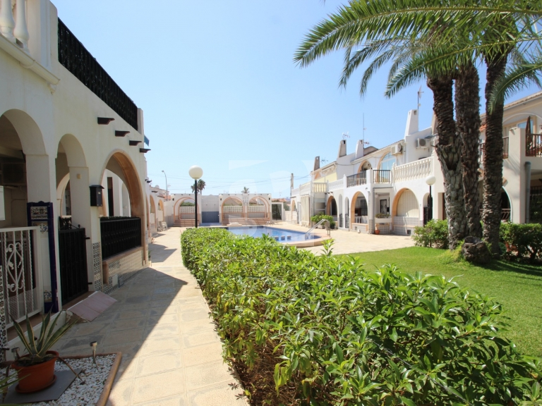 Row house - Resale - TORREVIEJA - Chaparral