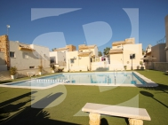 Villa · Resale GUARDAMAR · El Raso