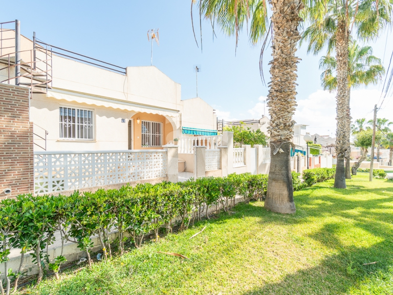Row house - Resale - TORREVIEJA - Los Balcones