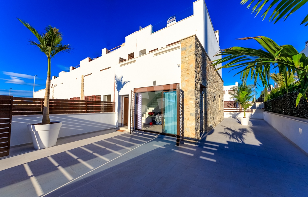 Villa · New Build TORREVIEJA · Center